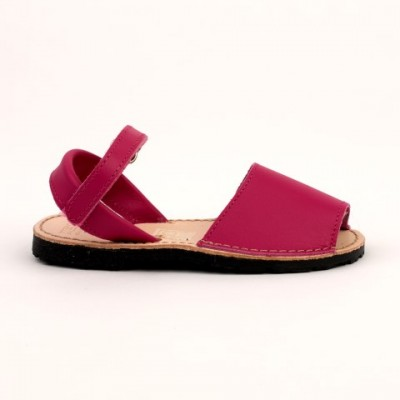 7507 Fuscia Leather Spanish Sandals