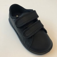 26300 Xiquets Black Leather Velcro Pump
