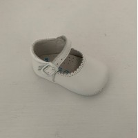 240 White Leather Mary Jane Pram Shoe