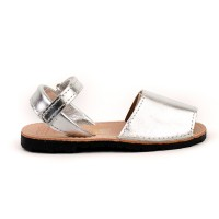 7507 Silver Leather Spanish Sandals