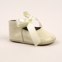 2292 Ivory Patent Pram Shoe with Ribbon Lace