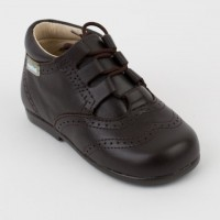 627 Brown Lace up Brogue Boot