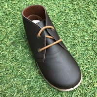 Xiquets Navy Leather Desert Boots