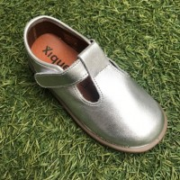 20900 Xiquets Silver Leather T-Bar Pumps AW18-19