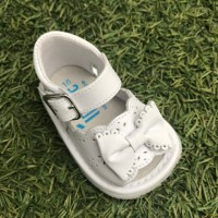 1365 - White Leather Open Toe Bow Pram Sandal